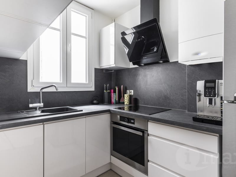 Sale apartment Levallois perret 545 000€ - Picture 2