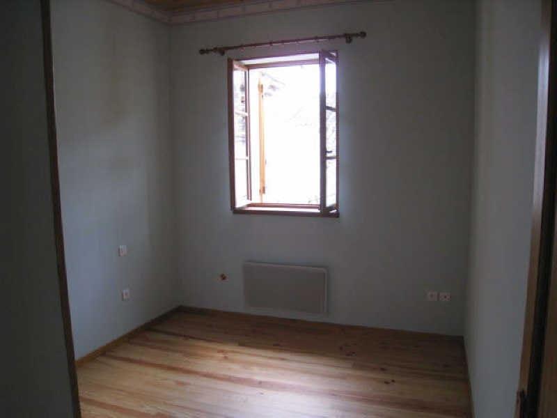 Location maison / villa St hilaire 526,51€ CC - Photo 10