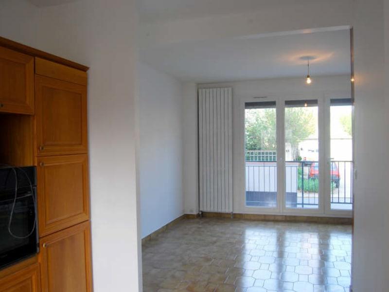 Rental house / villa Juvisy sur orge 1070,39€ CC - Picture 3