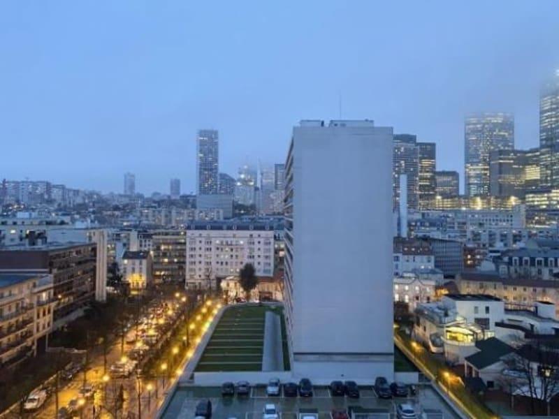 Rental apartment Puteaux 1353€ CC - Picture 1