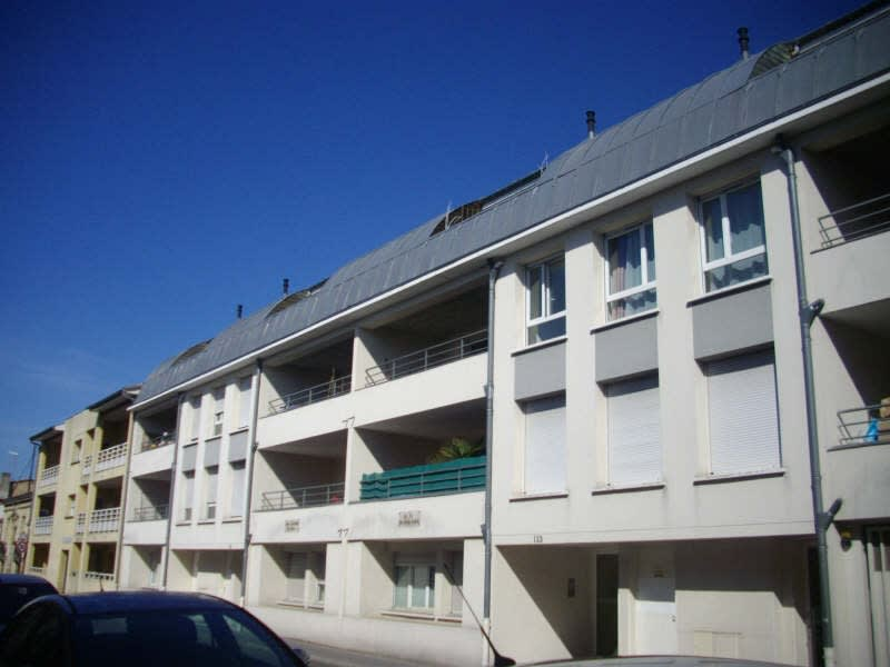 Rental apartment Bordeaux 578,60€ CC - Picture 1