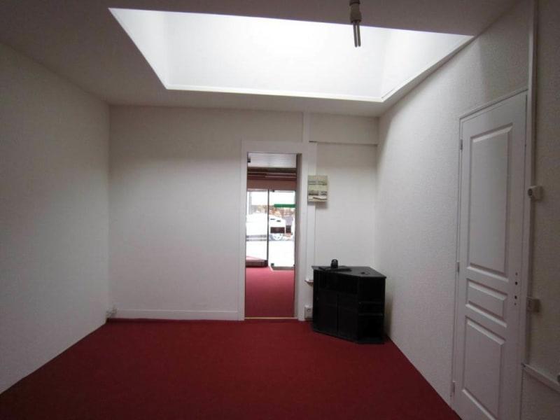 Rental empty room/storage Cognac 670€ HC - Picture 6