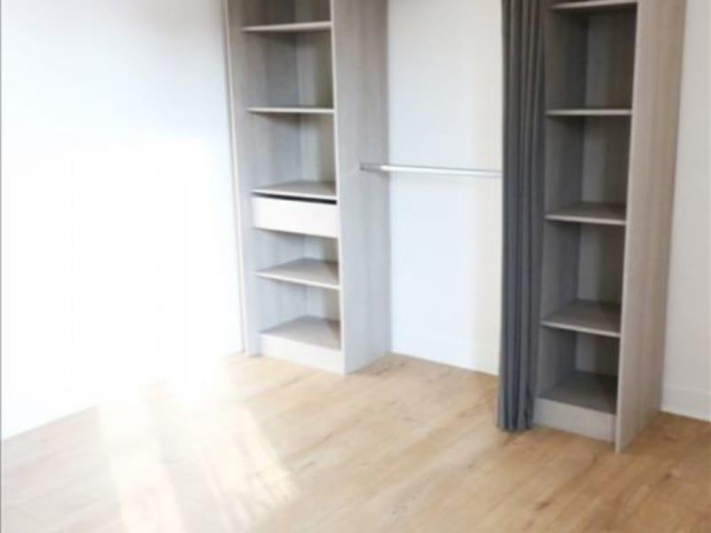 Rental apartment La plaine st denis 788€ CC - Picture 3