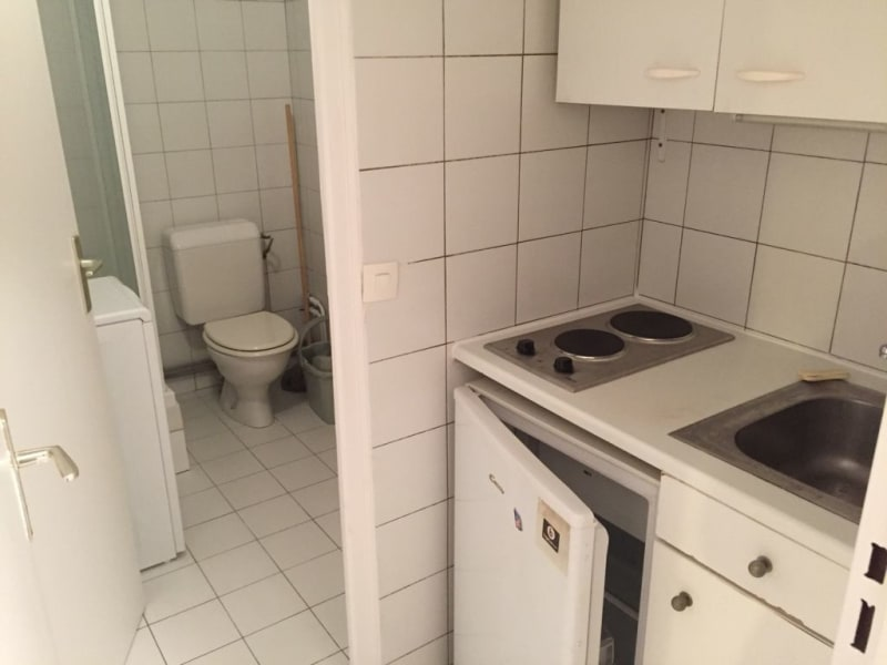 Location appartement Paris 16ème 860€ CC - Photo 8
