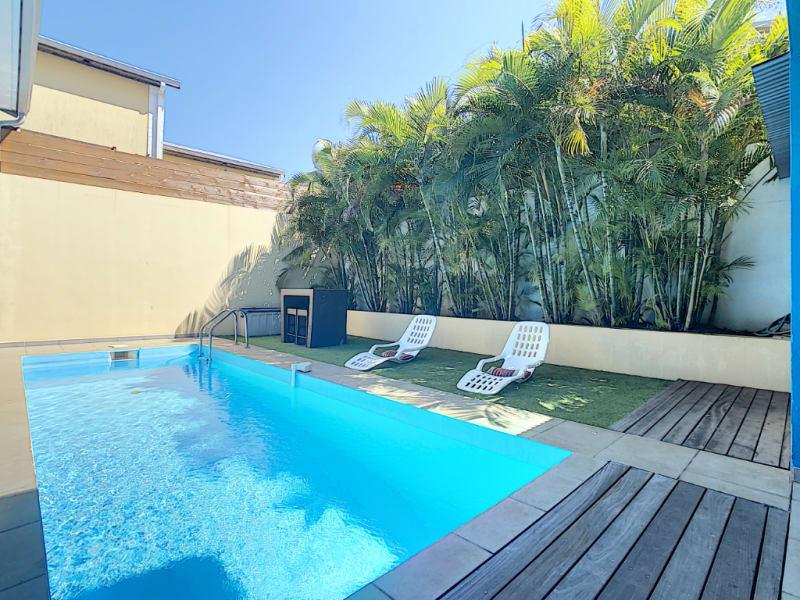 Sale house / villa Terre sainte 520000€ - Picture 1