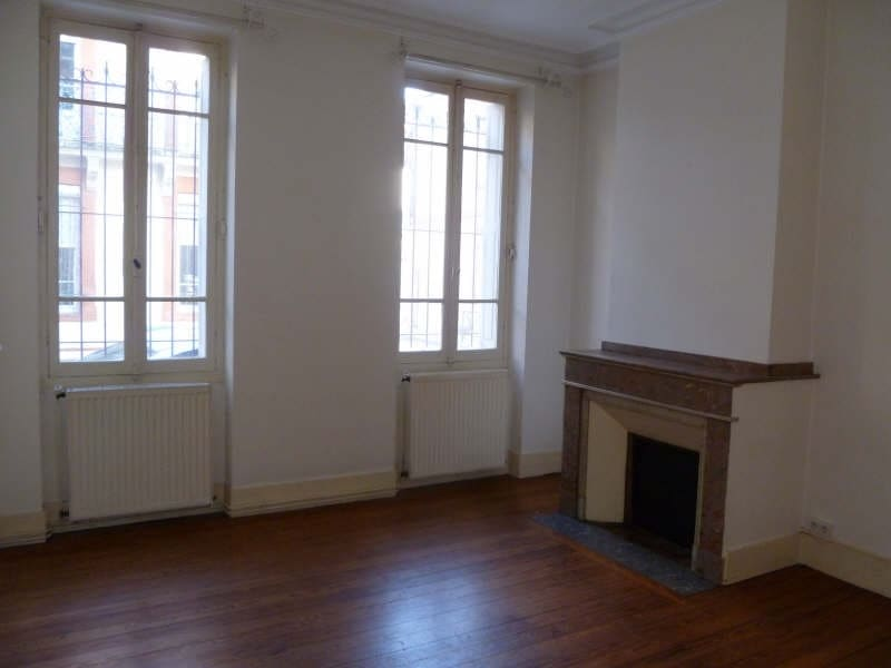 Rental apartment Toulouse 839€ CC - Picture 2