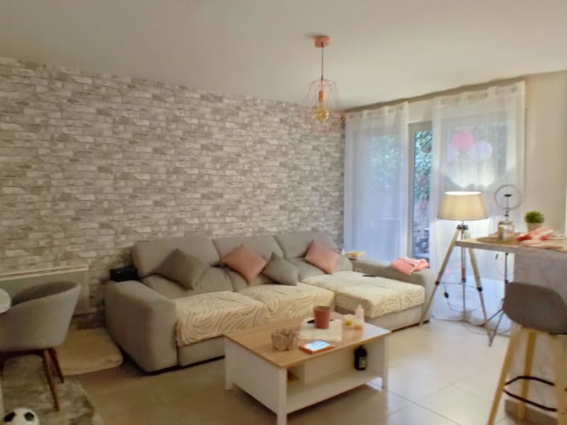 Sale apartment Le port marly 338 000€ - Picture 2