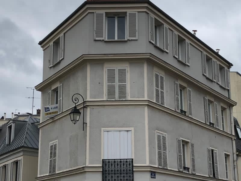 Rental apartment Charenton le pont 860€ CC - Picture 1