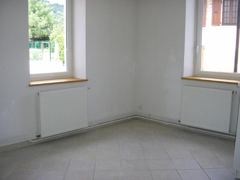 Location appartement Bellignat 394€ CC - Photo 3