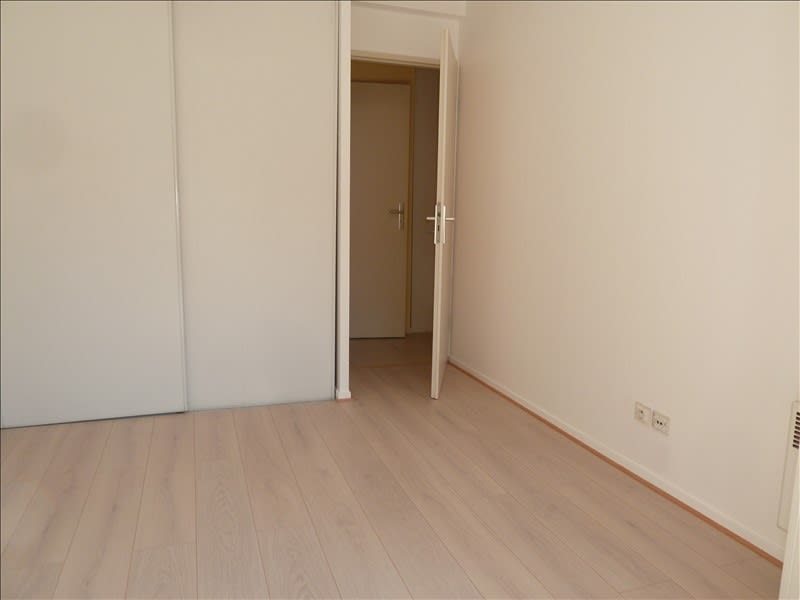 Location appartement Le pecq 1 000€ CC - Photo 3