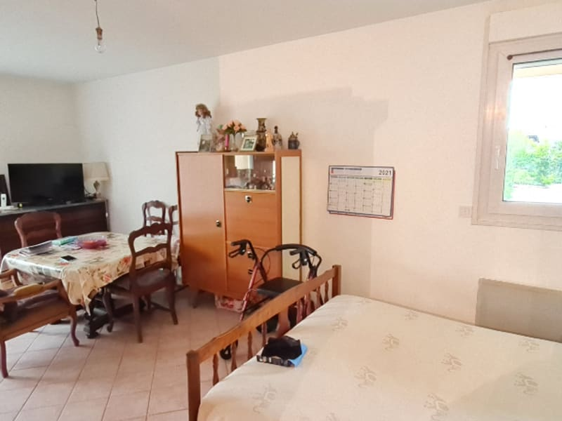 Sale apartment Osny 145 000€ - Picture 2