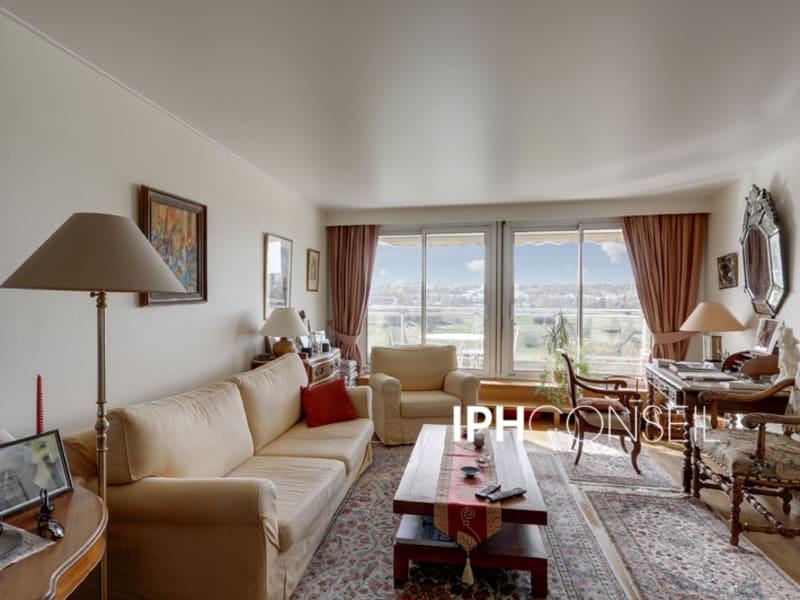 Sale apartment Saint cloud 630000€ - Picture 1