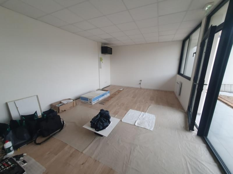 Location local commercial Ormesson sur marne 603€ HC - Photo 2