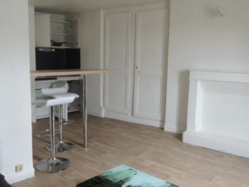 Location appartement Poitiers 310€ CC - Photo 2