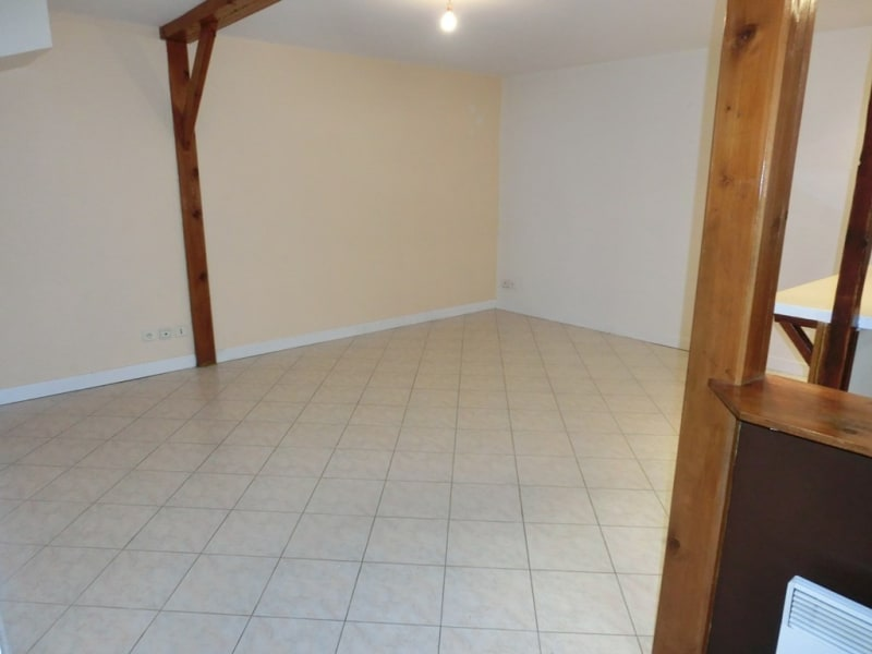 Location appartement Carrieres sous poissy 770€ CC - Photo 3