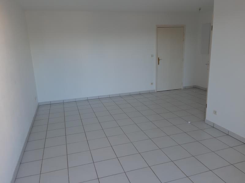 Rental apartment Labruguiere 450€ CC - Picture 4