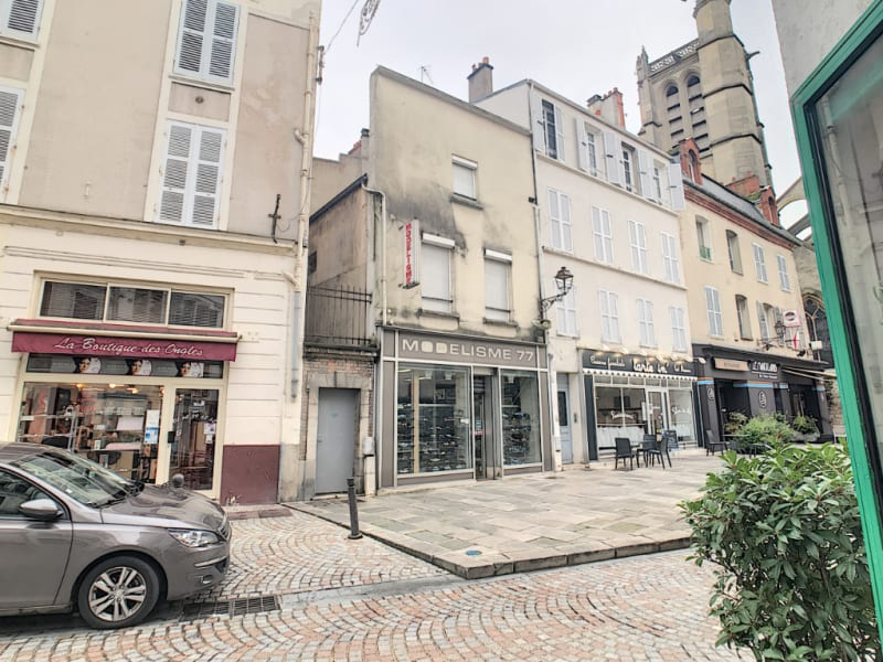 Sale building Melun 255000€ - Picture 1