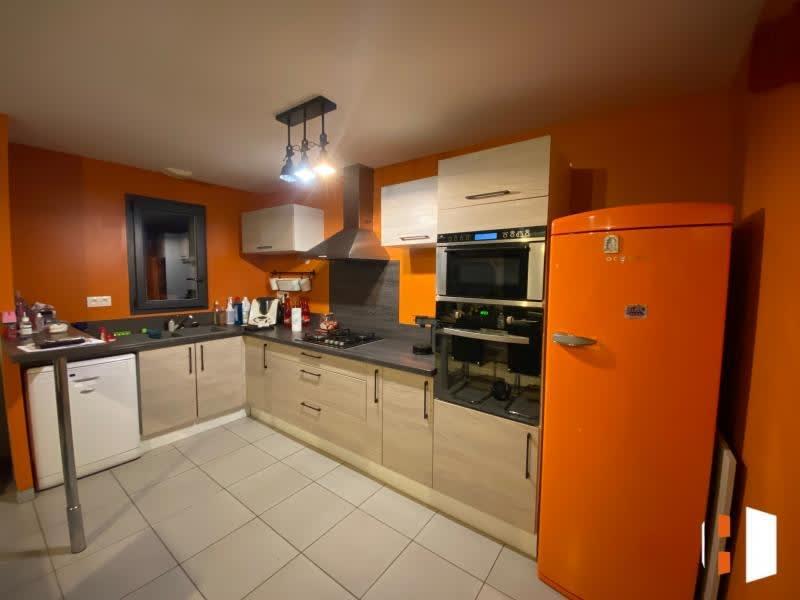 Sale house / villa Abzac 196000€ - Picture 2