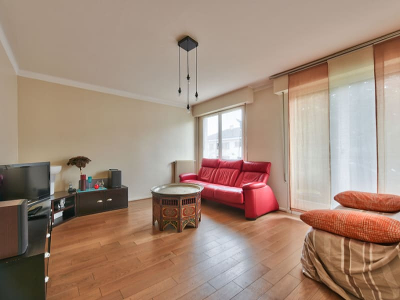 Sale apartment Bailly 320000€ - Picture 2