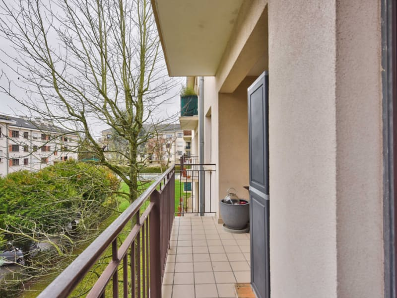 Sale apartment Bailly 320000€ - Picture 4