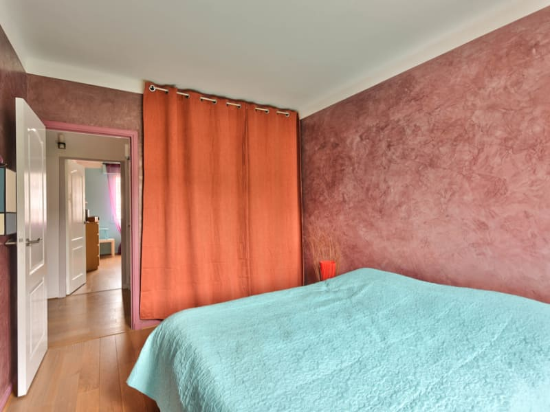 Sale apartment Bailly 320000€ - Picture 9