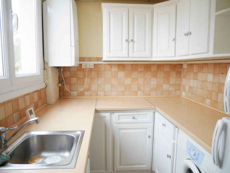 Rental apartment Luisant 490€ CC - Picture 2