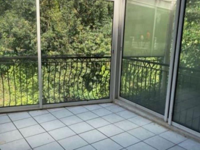 Sale house / villa L isle jourdain 220000€ - Picture 5