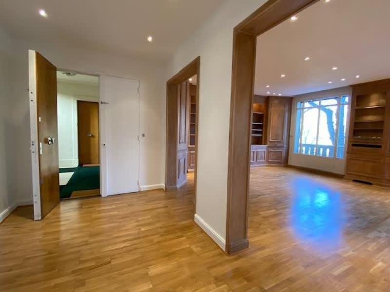 Location appartement Neuilly sur seine 4660€ CC - Photo 3