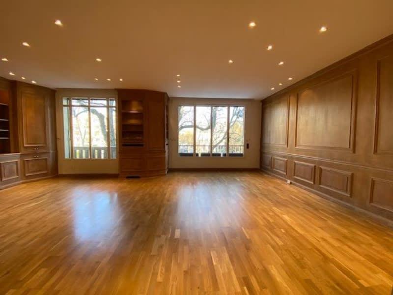 Location appartement Neuilly sur seine 4660€ CC - Photo 5