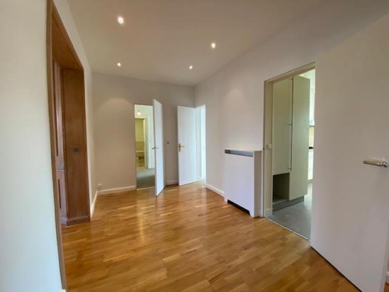 Location appartement Neuilly sur seine 4660€ CC - Photo 7
