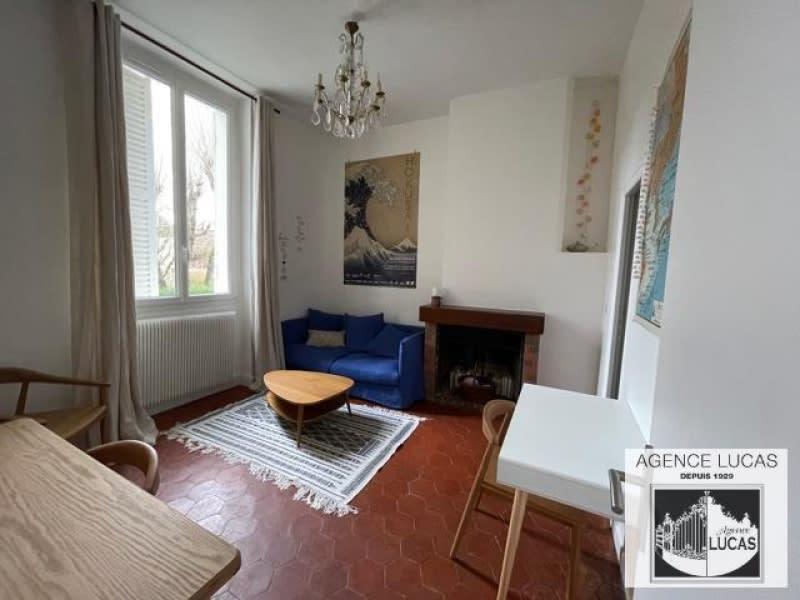 Rental apartment Verrieres le buisson 800€ CC - Picture 1