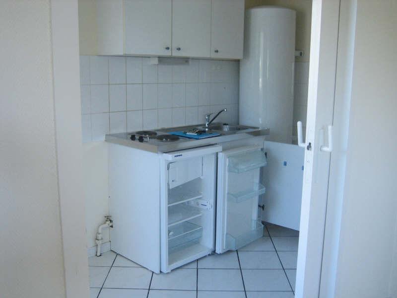 Rental apartment Pauillac 444€ CC - Picture 2