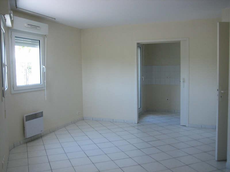 Rental apartment Pauillac 444€ CC - Picture 4