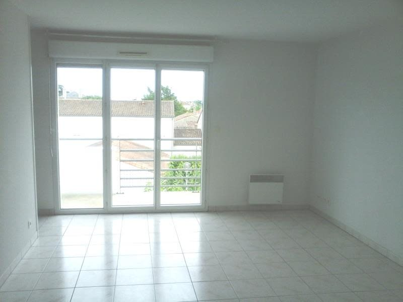 Location appartement Neuville de poitou 420€ CC - Photo 3