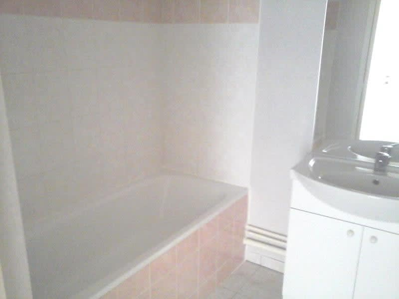 Location appartement Neuville de poitou 420€ CC - Photo 5