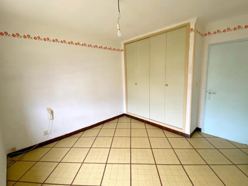Sale house / villa St chamas 299900€ - Picture 4
