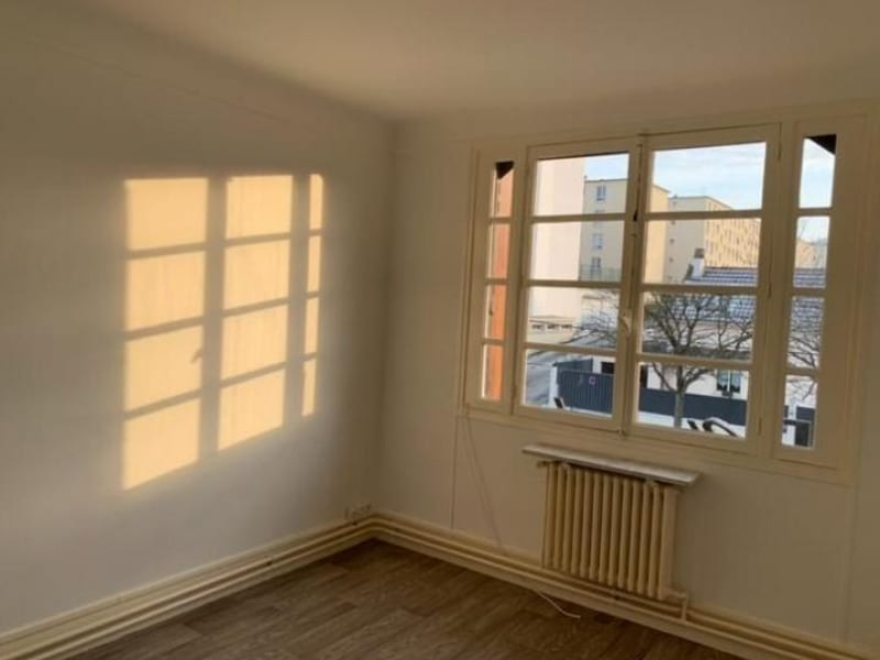 Location appartement Rueil malmaison 1090€ CC - Photo 6