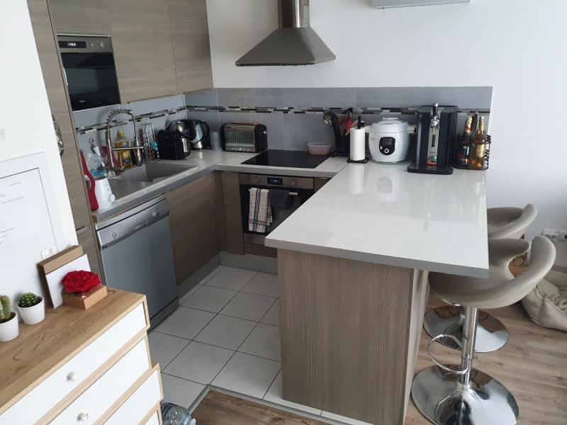 Location appartement Villevaude 850€ CC - Photo 2