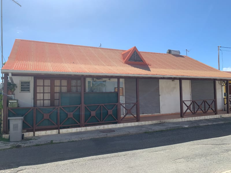 Local commercial 122m²
