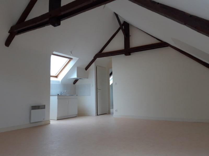 Rental apartment Saint jean brevelay 450€ CC - Picture 1