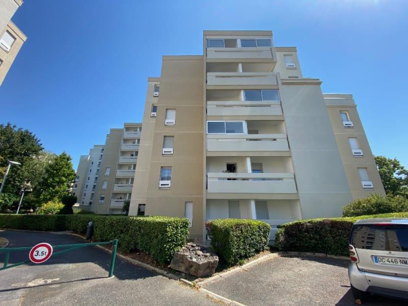 Sale apartment Ermont 231000€ - Picture 1