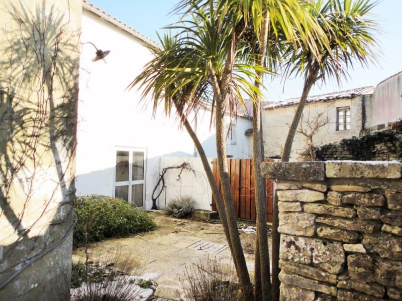 Sale house / villa La couarde sur mer 1050000€ - Picture 1