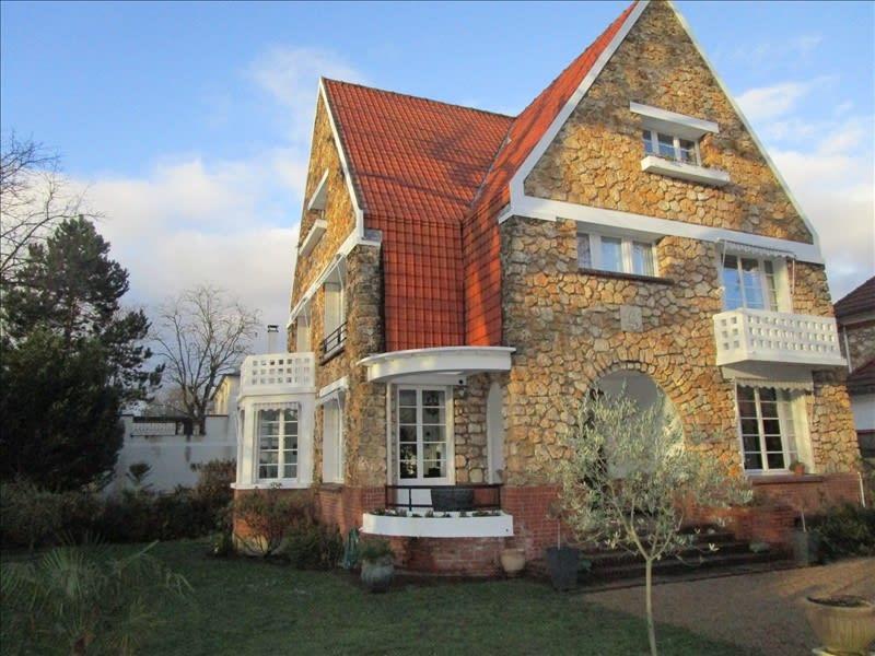 Sale house / villa Le vesinet 1850000€ - Picture 2