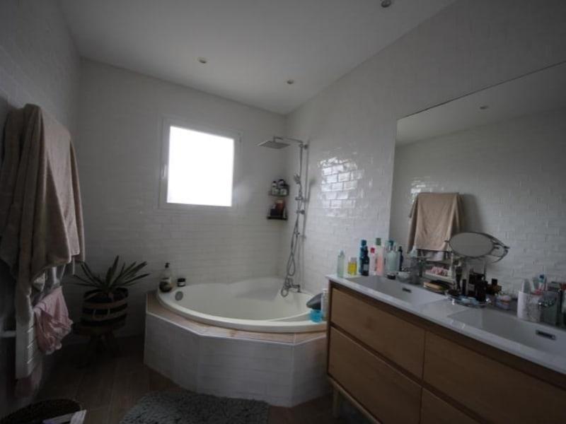 Vente maison / villa St andre de cubzac 380000€ - Photo 7