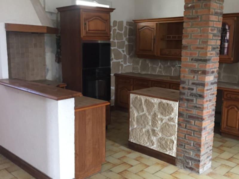 Sale house / villa Jouy sous thelle 138200€ - Picture 3