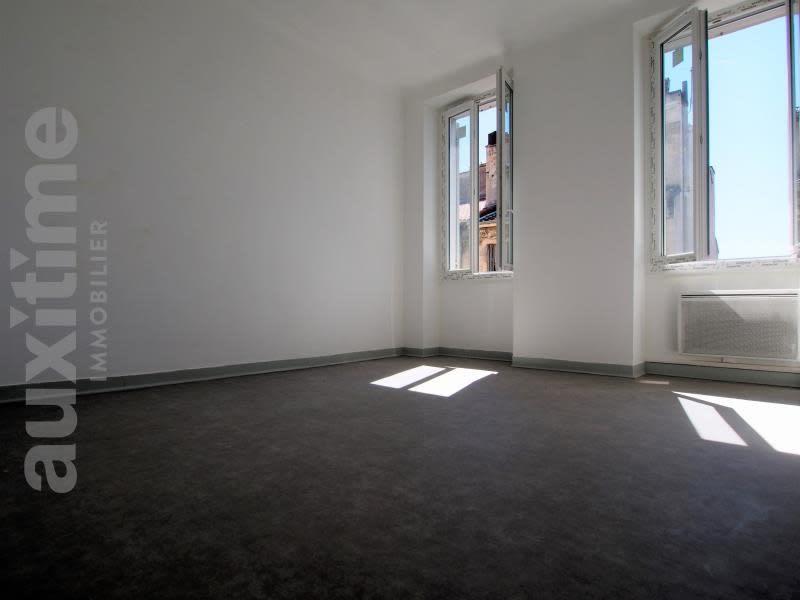 Sale apartment Marseille 3ème 110000€ - Picture 1