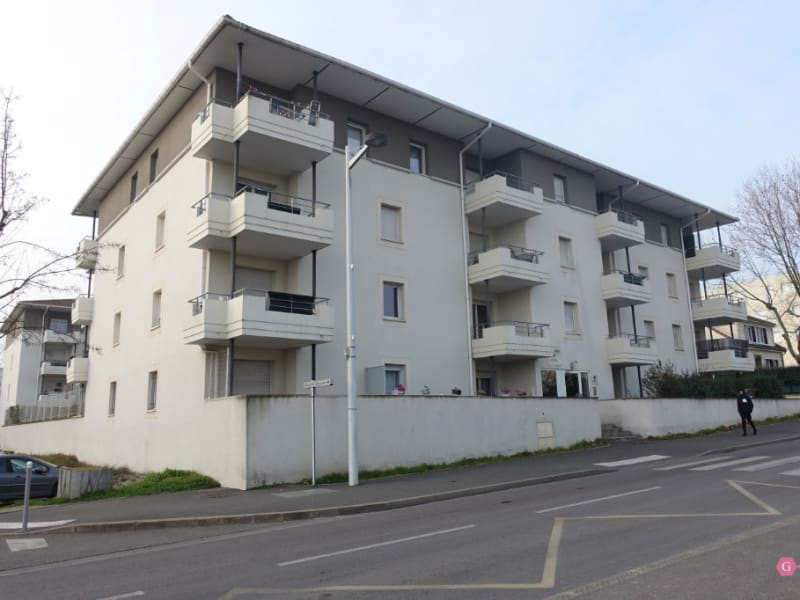Location appartement Chanteloup les vignes 816,50€ CC - Photo 1