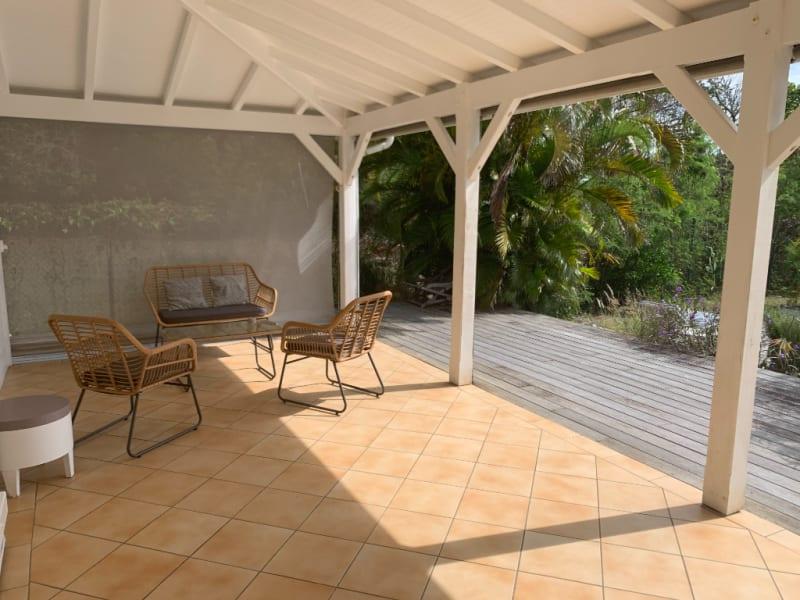 Location maison / villa Saint francois 1900€ CC - Photo 2