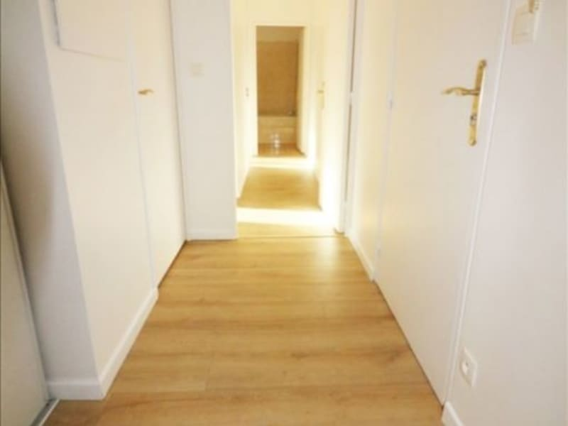 Rental apartment La plaine st denis 1200€ CC - Picture 7