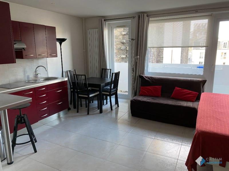 Rental apartment Paris 14ème 1100€ CC - Picture 2